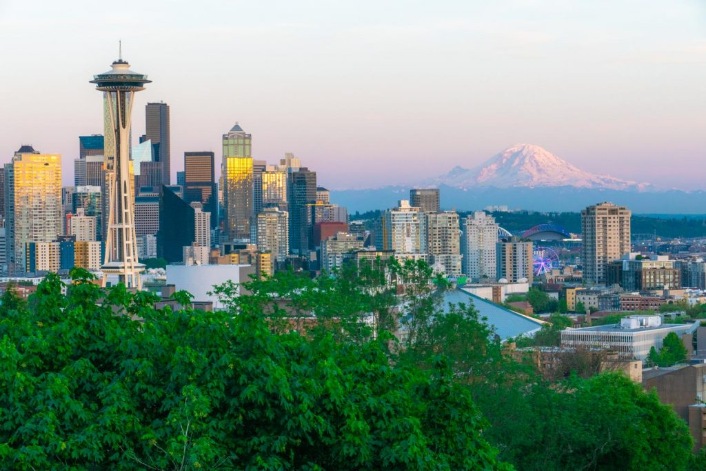 Seattle city views in Kerry Park with Mt Rainer in the background